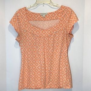🦋 Banana republic peach geometric print tee